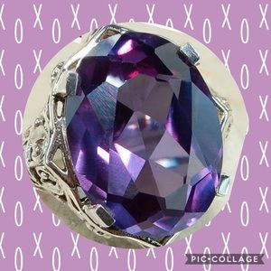 Jewelry - 💜COLIOR CHANGING ALEXANDRITE VICTORIAN STYLE RING